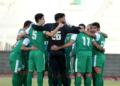فريق الكرة بالنادي العربي