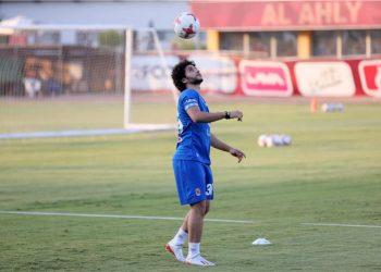محمد محمود لاعب الأهلي المصري
