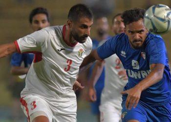 مباراة سابقة بين الكويت والأردن