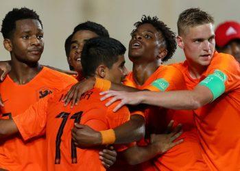 لاعبي هولندا