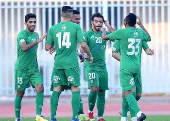 لاعبي فريق العربي