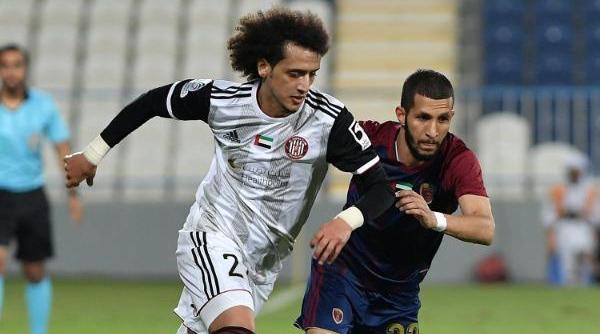 جانب من مباراة الجزيرة والوحدة _ ترتيب الدوري الإماراتي