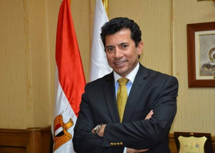 وزير الرياضة أشرف صبحي