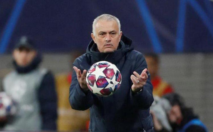 جوزيه مورينيو مدرب فريق توتنهام الإنجليزي