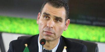 خير الدين زطشي رئيس الاتحاد الجزائري لكرة القدم