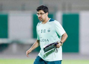 صالح المحمدي مدرب فريق الأهلي السعودي السابق