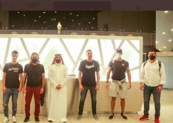دانيال كارينيو مدرب نادي الوحدة يصل إلى السعودية.