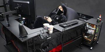 سريرا خاصا بمدمني الألعاب الإلكترونية