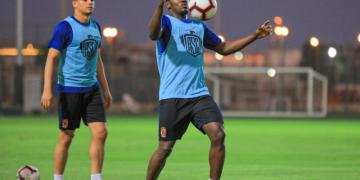 جونيور أجايي لاعب الأهلي المصري