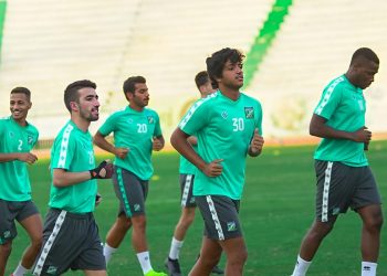 تدريبات النادي العربي قبل عودة الدوري المحلي