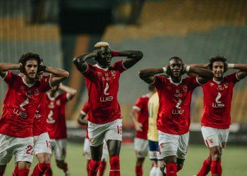 الأهلي بطل الدوري المصري