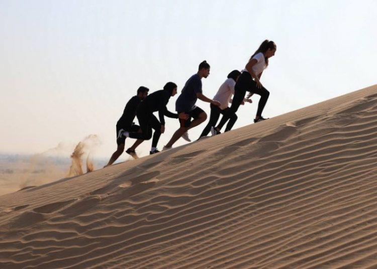 مجلس دبي الرياضي _ محمية المرموم الإماراتية تستضيف أول سباق جري على الكثبان الرملية