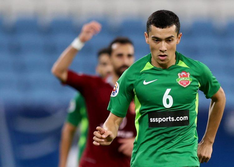 الأوزبكي عزيز غانييف لاعب شباب الأهلي الإماراتي