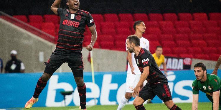 مباراة فلامينجو وبراجانتينو في الدوري البرازيلي
