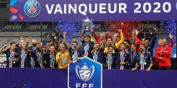 الاتحاد الفرنسي لكرة القدم _ فيروس كورونا