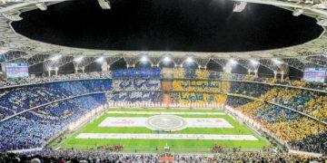 اتحاد الكرة السعودي ووزارة الرياضة يدرسان عودة الجماهير الى المدرجات