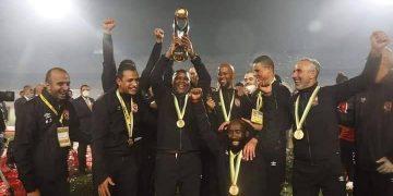 الأهلي - التتويج بلقب دوري أبطال إفريقيا