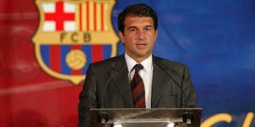 خوان لابورتا يترشح لرئاسة برشلونة الإسباني