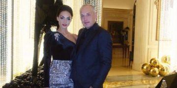 نيل بلاك وزوجته