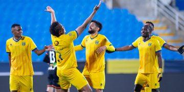 التعاون والشباب في الدوري السعودي