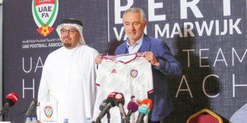 فان مارفيك - منتخب الإمارات