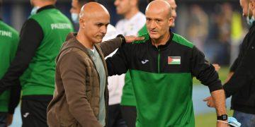 كاراسكو خلال مباراة فلسطين الودية