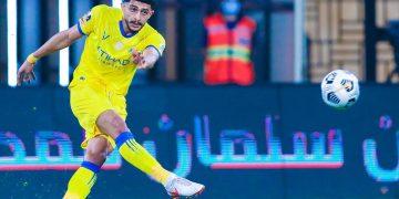 عبد الإله العمري لاعب النصر السعودي
