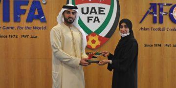 اتحاد الكرة الإماراتي يعقد اجتماعاً مع اللجنة الوطنية لمكافحة المنشطات