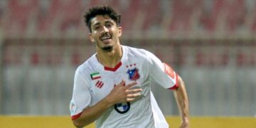 حسين الحربي لاعب النادي العربي