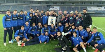 منتخب الكويت يدعم بدر المطوع برسالة مهمة